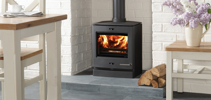 Yeoman CL5 Woodburning and Multi-fuel Stove